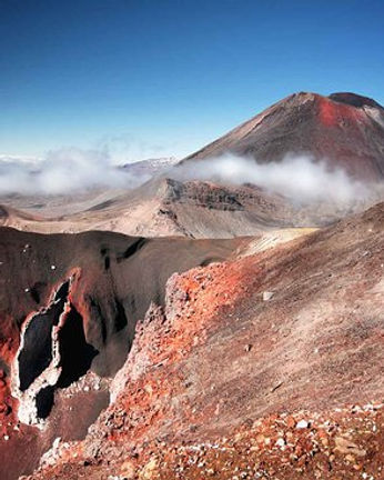 red-rocks-of-the-tongariro.jpg