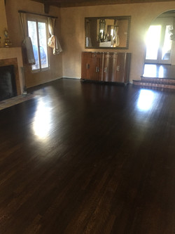 Living room - After refinishing