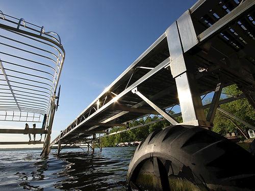 wheel dock