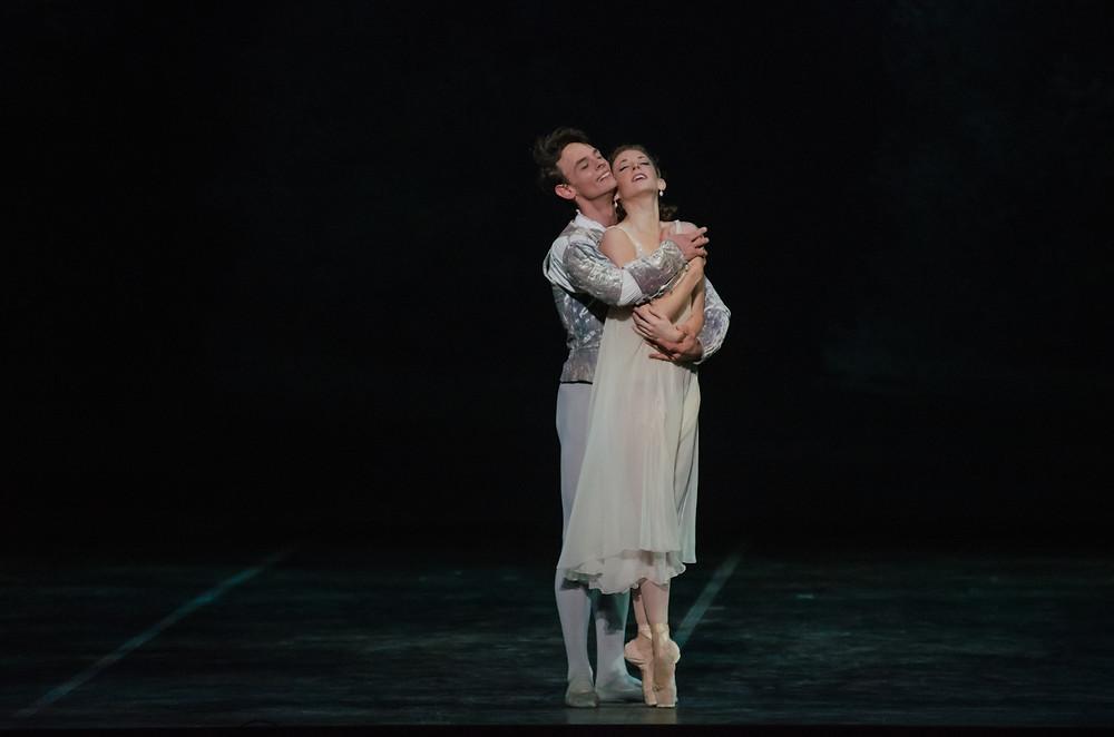 Luca Sbrizzi and Alexandra Kochis in Romeo and Juliet