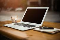 home-office-336373.jpg
