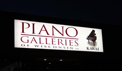 PIANO GALLERIES