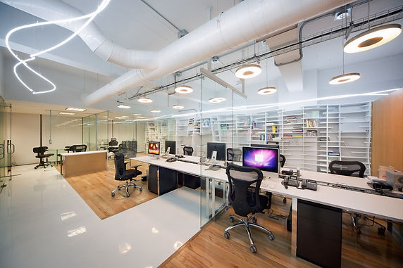 Декоративные светильники в офисе