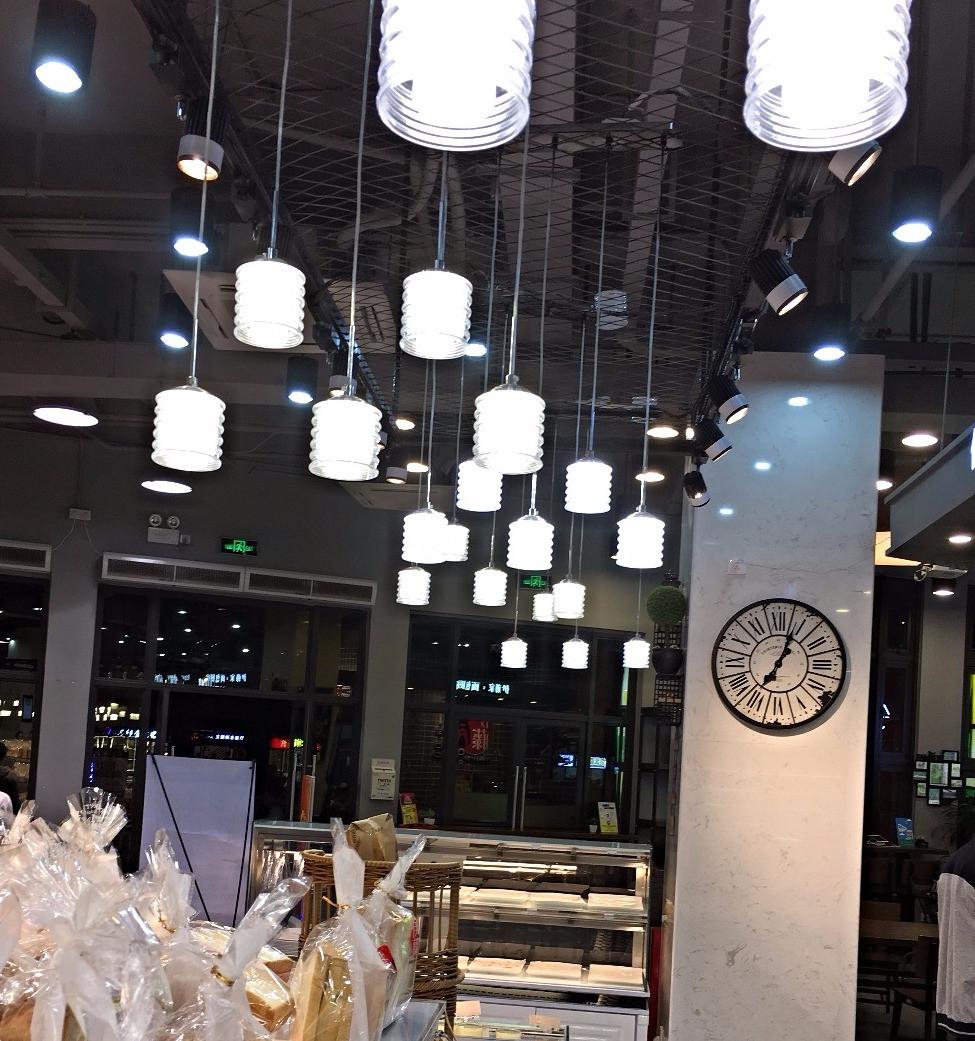 Verluisant Lighting design for Community Plaza Supermarket Bakery 2