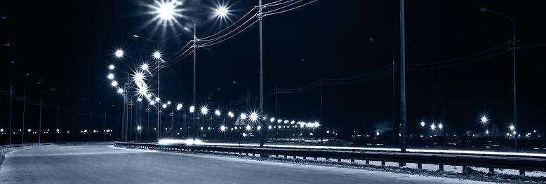 светодиодное уличное освещение на столбах