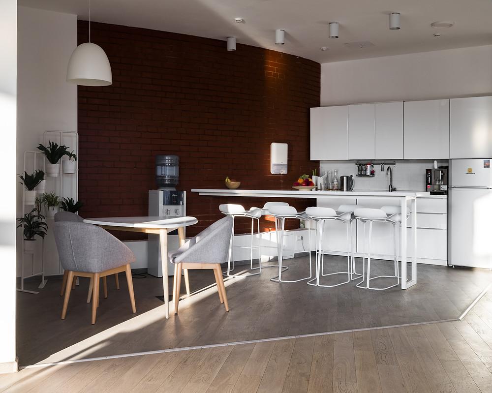 освещение офисной кухни