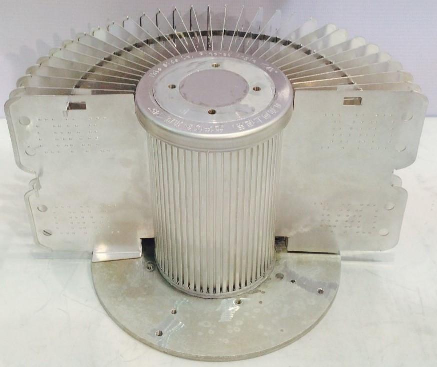 промышленные светильники колокол жидкостная система охлаждения