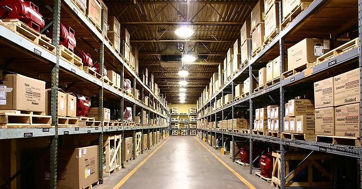 Яркое освещение складских помещений  Verluisant