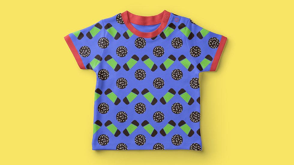 FIKA t-shirt mock-up 16_9
