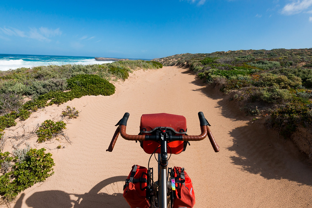 The road to Wandilla Bay