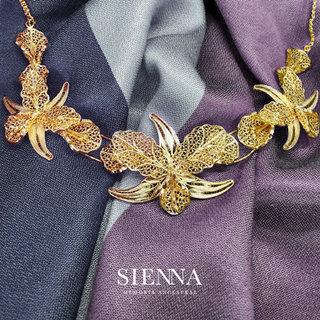 Aplicación de logotipo // Sienna