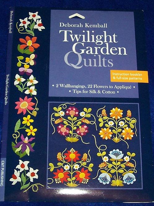 Twilight Garden Deborah Kemball Pattern 2 Wallhangings 22 Flowers to Applique