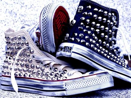 Cosa significa borchiare le tue scarpe?