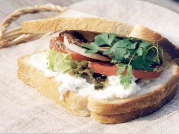 フロマージュ・フレ おすすめのお召し上がり方 vol4(サンドイッチのベース)