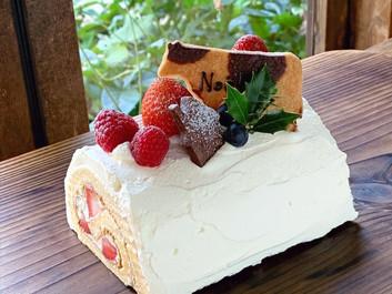 クリスマスケーキご予約受付中!