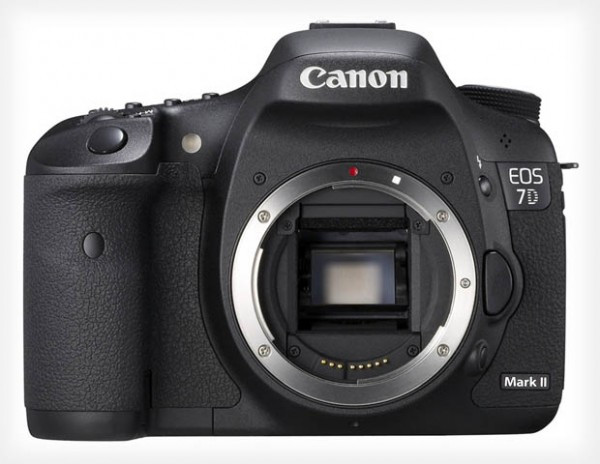 canon7dmarkii-perform-video-600x464.jpg