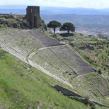 helenistic theater Pergamon.jpg