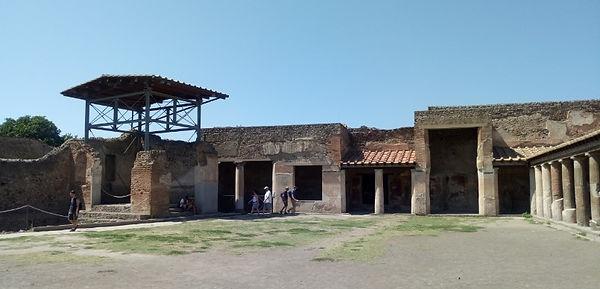 Roman bath complex in pompei