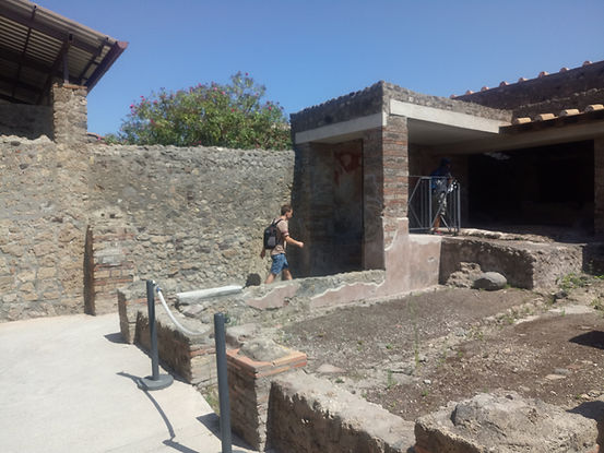 laundry in Menander House Pompei