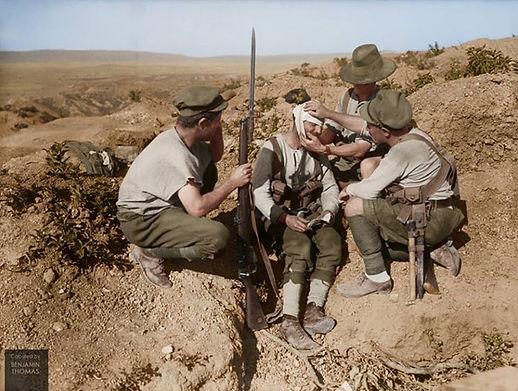 australian-soldiers-dressing-the-head-wo