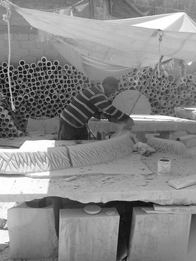 Artisan working on the Stone pieces at MEZHER'S workshop