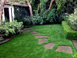 fake-grass-tahoka-texas-garden