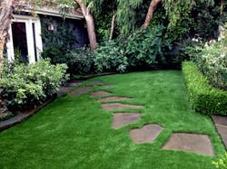 fake-grass-tahoka-texas-garden
