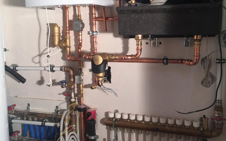Vaillant opstelling vloerverwarming en radiatoren