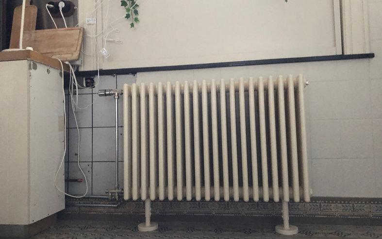 Retro radiator in retrokeuken