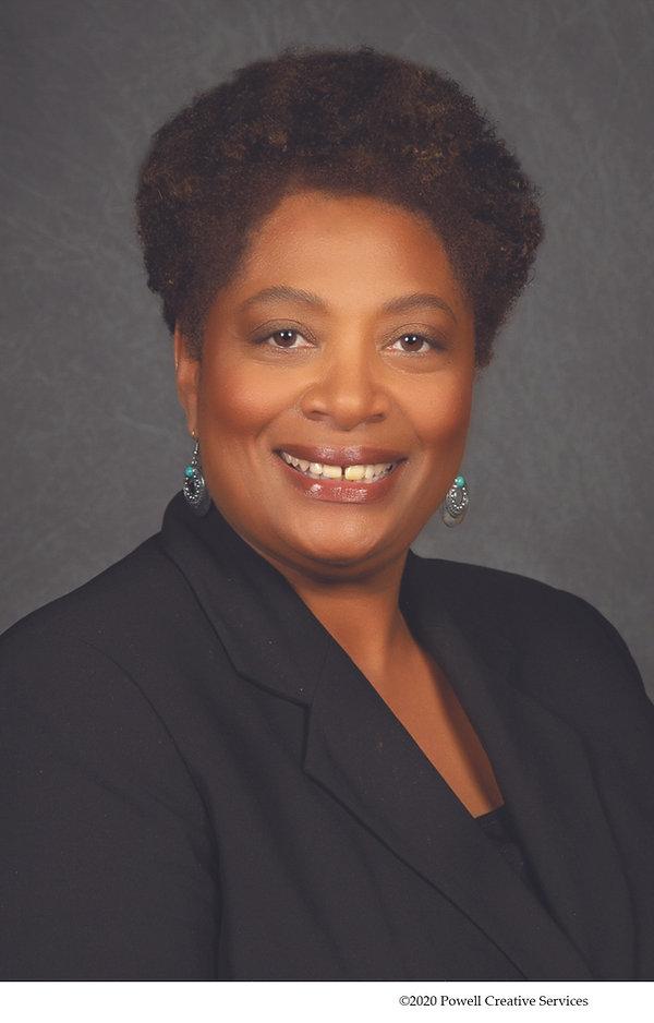 Angela Ellington In command headshot1249