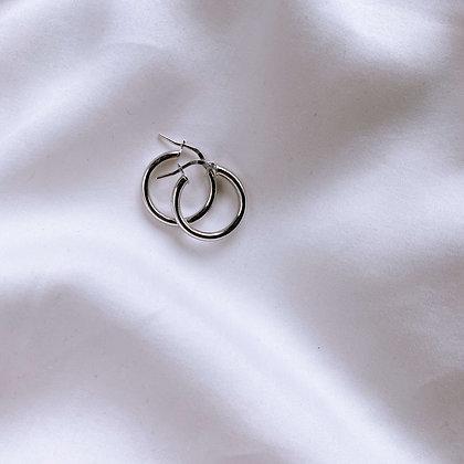 Okrągłe zapinane kolczyki koła M