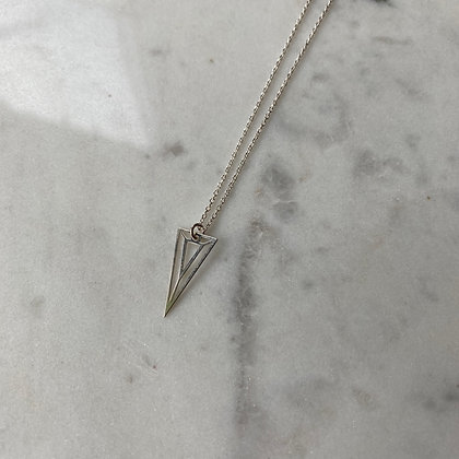 Naszyjnik z trójkątem srebro