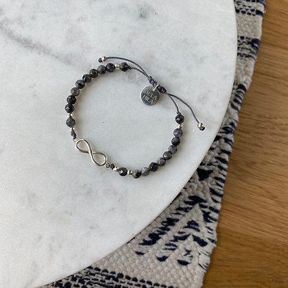 Bransoletka z larvikitu ze srebrnym znakiem nieskończonośc