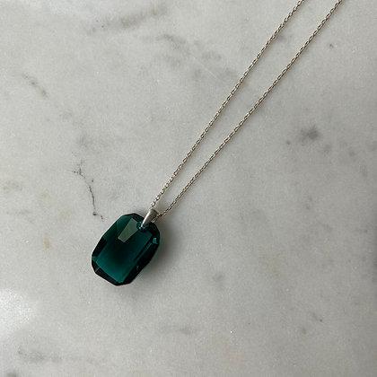 Naszyjnik z zielonym kryształem srebro