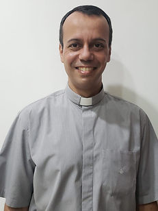 Padre Adinam Roniere da Silva.jpeg