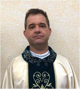 Padre Agnaldo Pereira.jpg