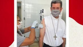 Dom Rubens Sevilha recebe a 1° Dose de Vacina- 05 de maio de 2021.