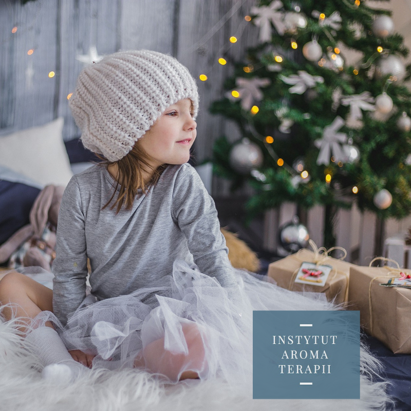 Wszystkim naszym cudownym przyjaciołom, klientom i tym, którzy nas tylko czytają -Wszystkiego Co Najlepsze na Boże Narodzenie i Nowy Rok.