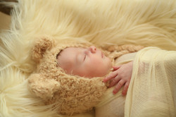 צילום ניו בורן עם כובע דובי