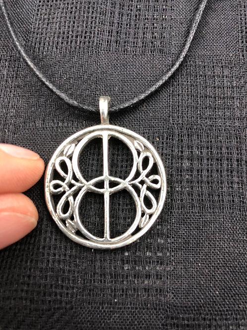 Chalice Well Celtic Pendant
