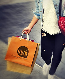mih_shopping bag.jpg