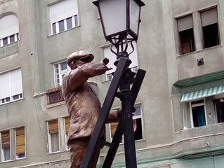 """""""The Lamplighter"""" in Budapest"""