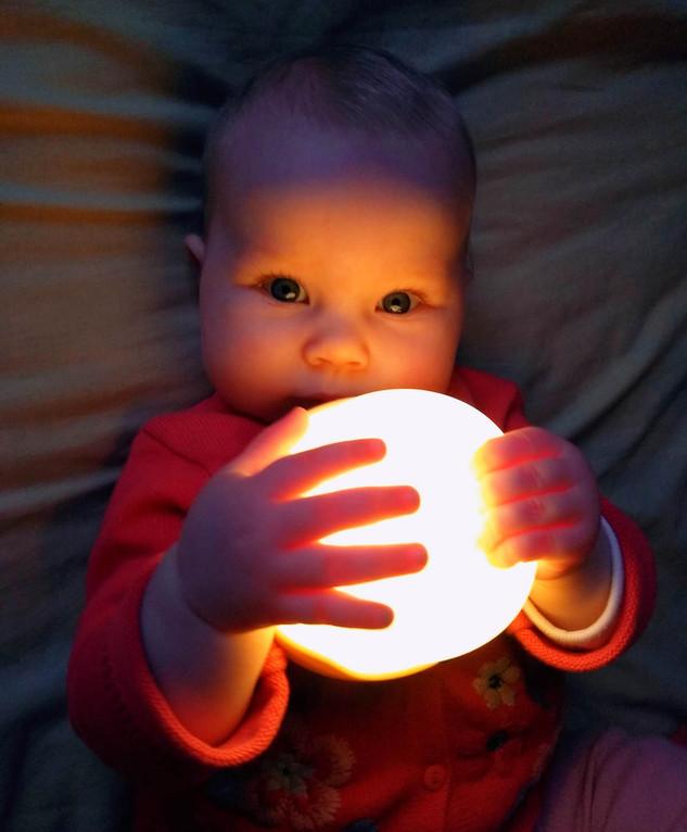 lumière sur bébé à domicile