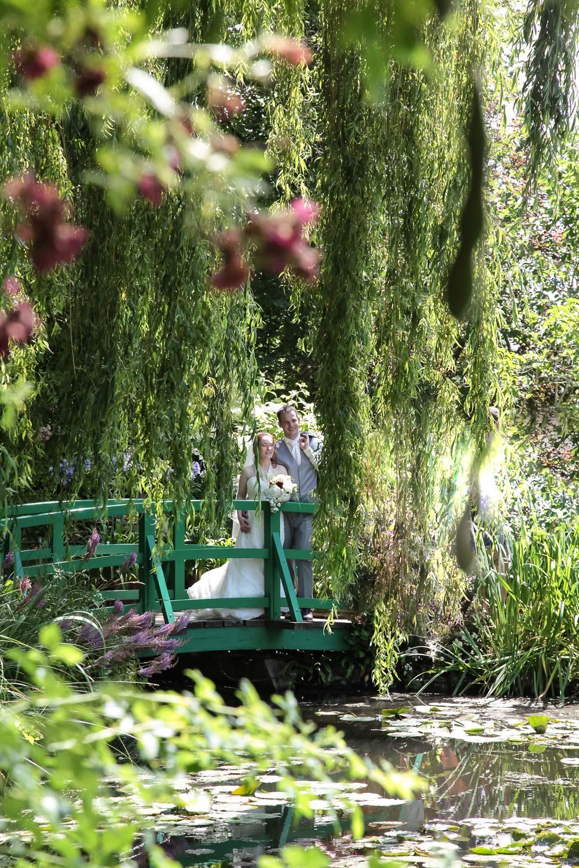 mariage-reportage-photo-photographedouville-jardin-claude-monet-normandie0011