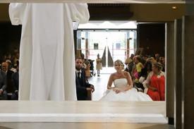 Un reportage photo d'un mariage au Havre et à la ferme de Drumare, Sainneville, Normandie.