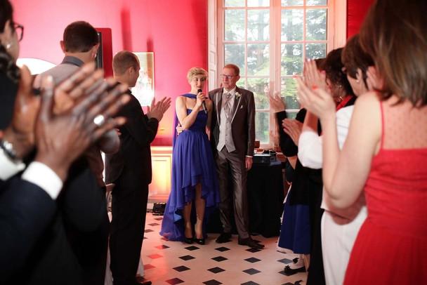 Un chic mariage en robe bleue au Château d'Auvilliers, Neuilly-sous-Clermont, Oise