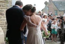 sortie-eglise-mariage-couple