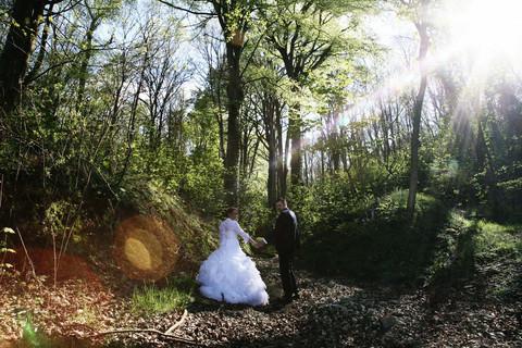 Séance photo de couple en forêt et sur les falaise d'Etretat