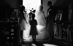 sortie-eglise-mariage-enfants
