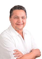Dr. Roberto Sosa Martínez
